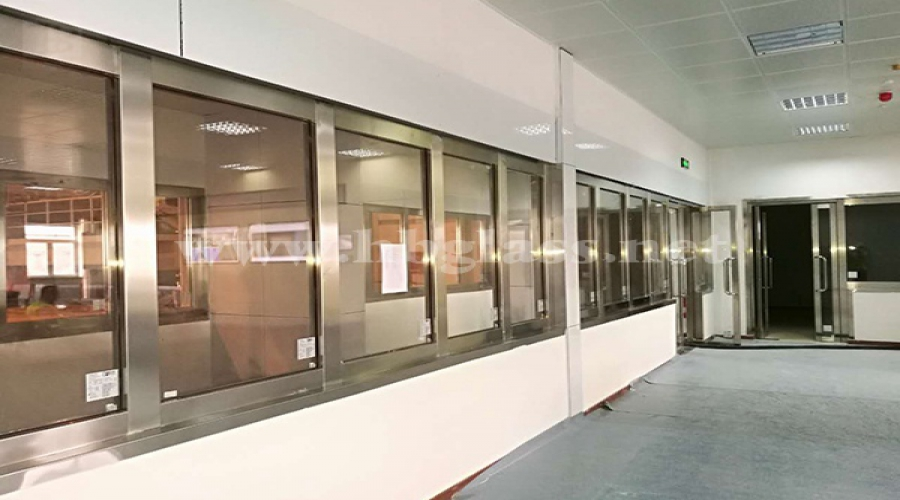 Fireproof glass doors and partitions in Jordan, Africa